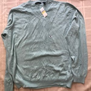 Brand new 100% CottonVan Heusen V neck Sweater